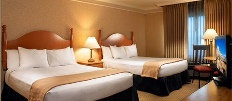 Cheap off the strip hotel rooms in north las vegas for Cheap hotels near las vegas motor speedway